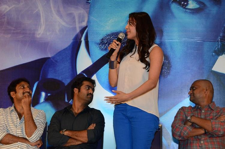 Kajal Agarwal Speaks Out Photo Clicked At Baadshah Movie Success Meet