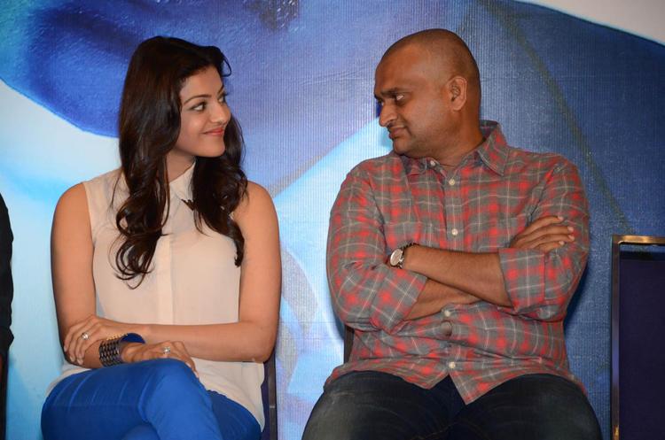 Kajal And Bandla Ganesh Cute Look Photo Snap At Baadshah Movie Success Meet