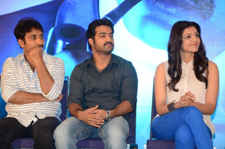 Srinu Vaitla,Jr.NTR And Kajal Nice Look Photo Clicked At Baadshah Movie Success Meet