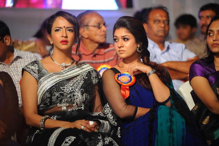 Lakshmi And Nayanthara Nice Look At Nandi Film Awards 2011 Function