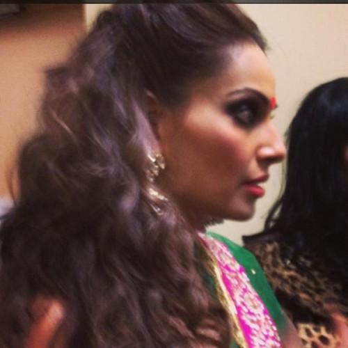 Bipasha Basu Make An Appearance At Bollywood Showstoppers Concert