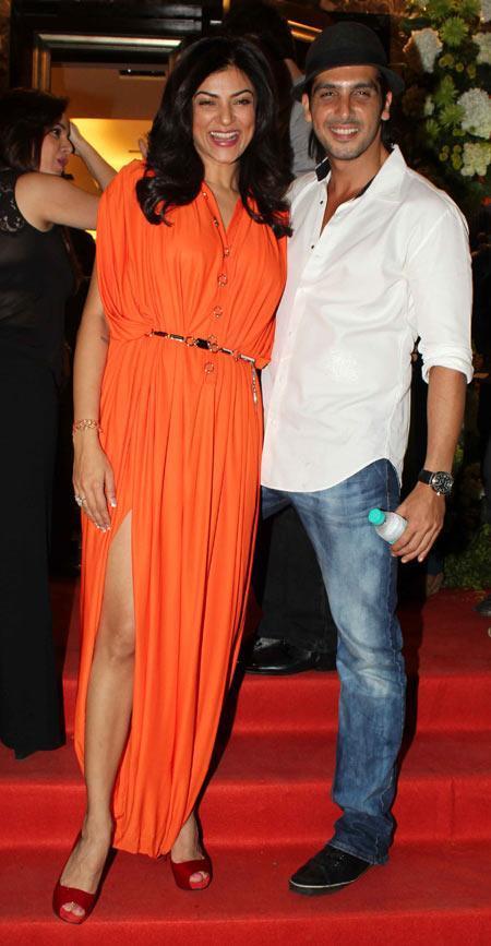 Sushmita And Zayed Smiling Pose At Farah Khan Ali Store Launch Party