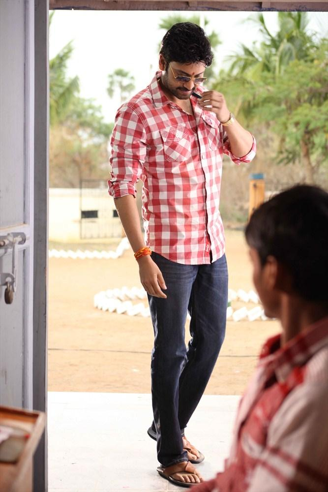 Sumanth Stylish Look Photo Still From Movie Emo Gurram Egaravachu