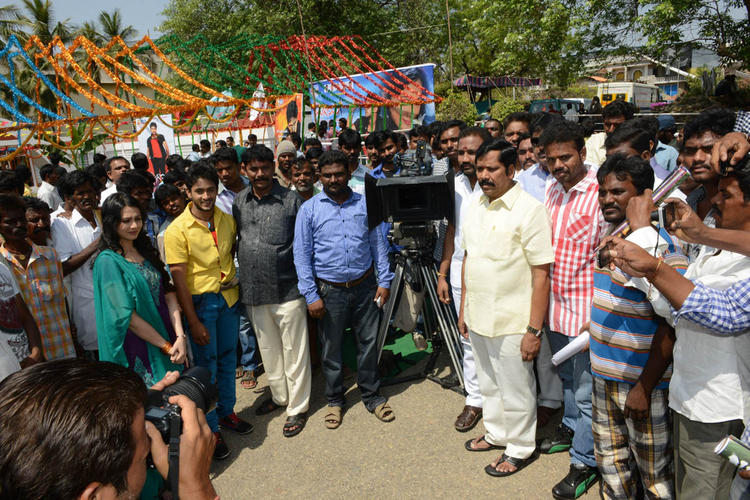 Manoj,Megha And Others Clicked At Ralugayi Movie Opening Event