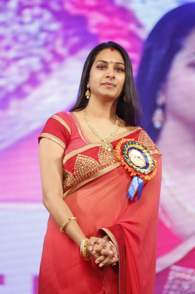 Surekha Vani In Saree Glamour Look At TSR TV9 Film Awards Function