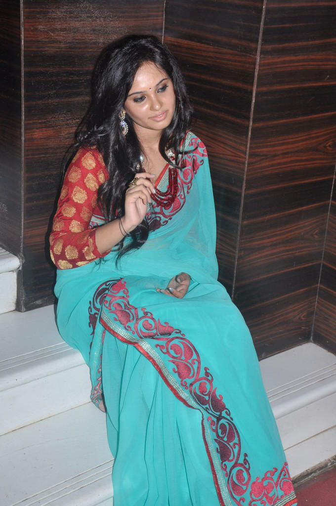 Aarushi Latest Spicy Saree Still At Adithalam Audio Launch Event