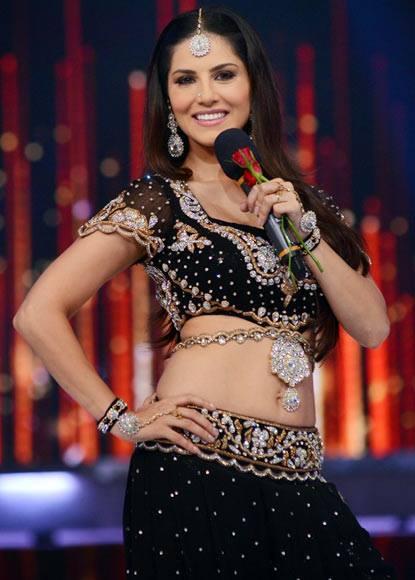 Sunny Leone Sexy Look On The Sets Of Jhalak Dikhlaa Jaa 6