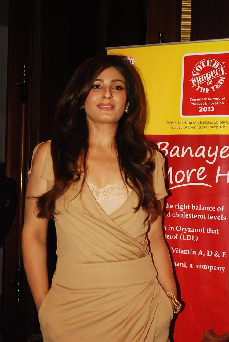 Raveena Tandon Looks Beautiful During The Launches Of Riso Rice Bran Oil In Mumbai
