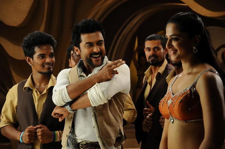 Suriya And Anushka Cool Dance Still From Singam II Movie