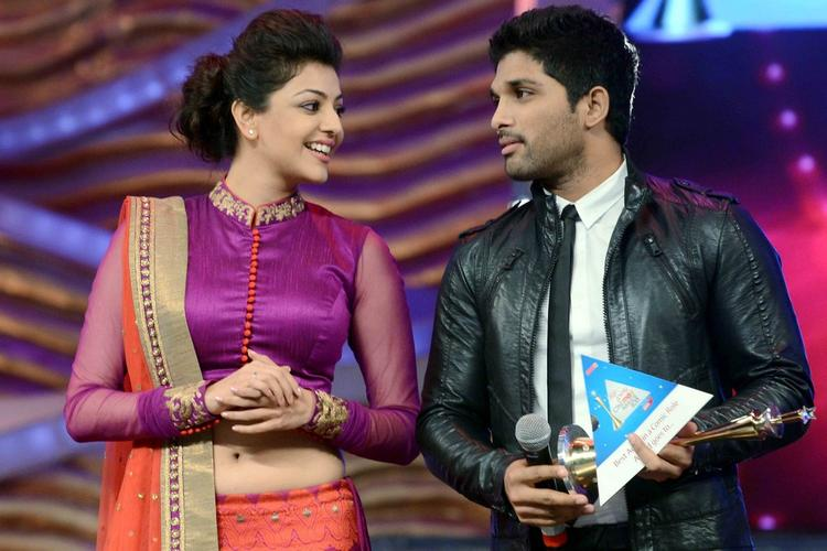 Allu Arjun And Kajal Agarwal At Maa Tv Awards 2013