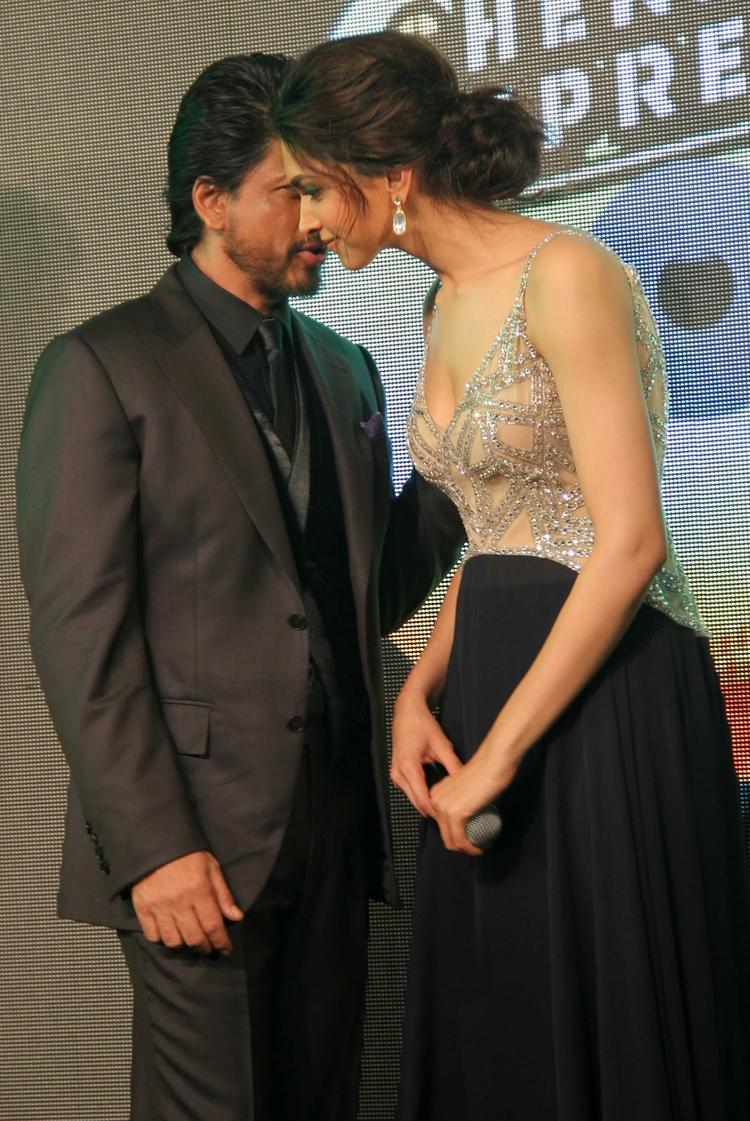 SRK And Deepika Chatting During The Chennai Express Movie Audio Release Function