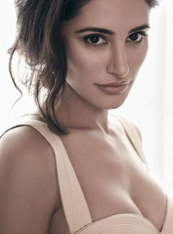 Nargis Fakhri Sexy Sizzling Photo Shoot For Maxim Magazine July 2013