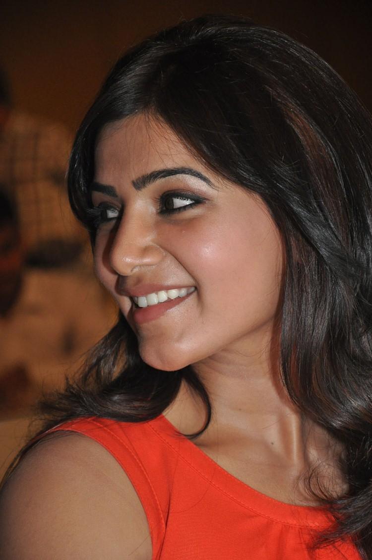 Samantha Cool Smiling At Bangaru Kodipetta Movie Audio Launch Function