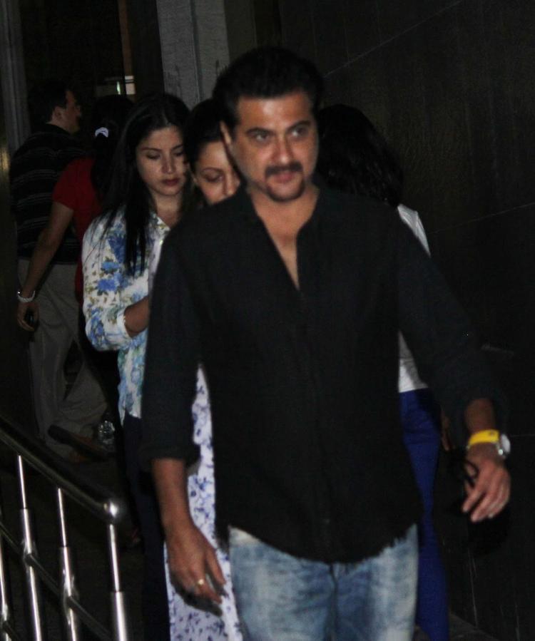 Sanjay Kapoor Visits Hrithik Roshan Post His Surgery At Hinduja Hospital