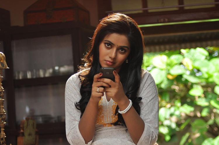 Poorna Nice Look Still From Telugulo Naaku Nachani Padam Prema Movie