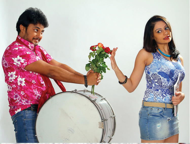 Rupal And Tanish Romance Pic In Band Baaja Movie