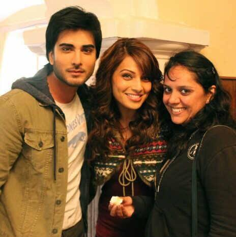 Imran And Bipasha Nice Pic On The Sets Of Creature