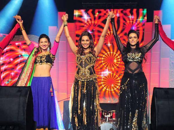 Bipasha,Gauhar And Neha Perform At The Launch Of Sardar Vallabhbhai Patel Stadium