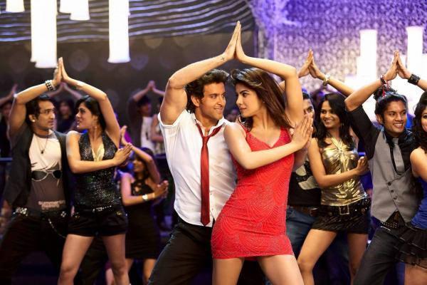 Hrithik And Priyanka Chopra Hot Dance Still In Krrish 3 Movie