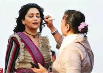 Madhuri Dixit Take Makeup For Her New Flick Gulaab Gang Shooting