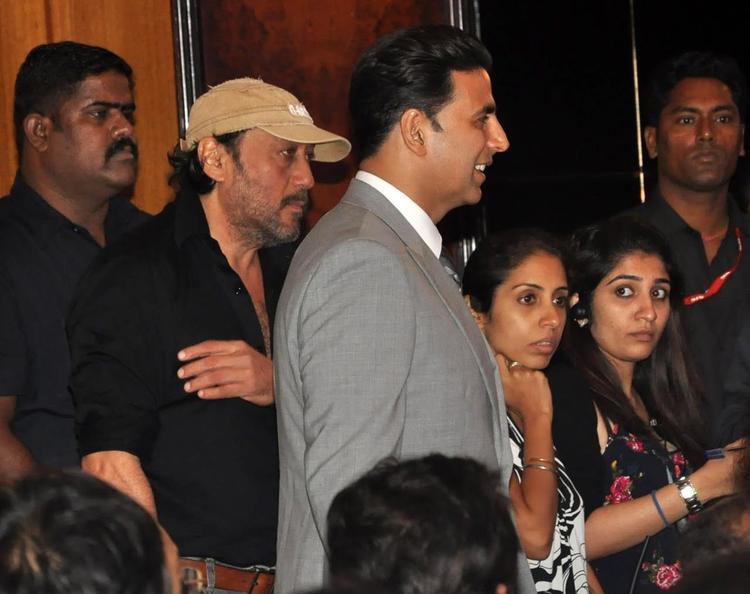 Jackie Shroff And Akshay Kumar At Rajesh Khanna's Statue Launch Event
