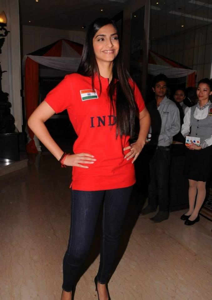 Sonam Kapoor Posed In Red T-Shirt At The Indian Brand Launch Event