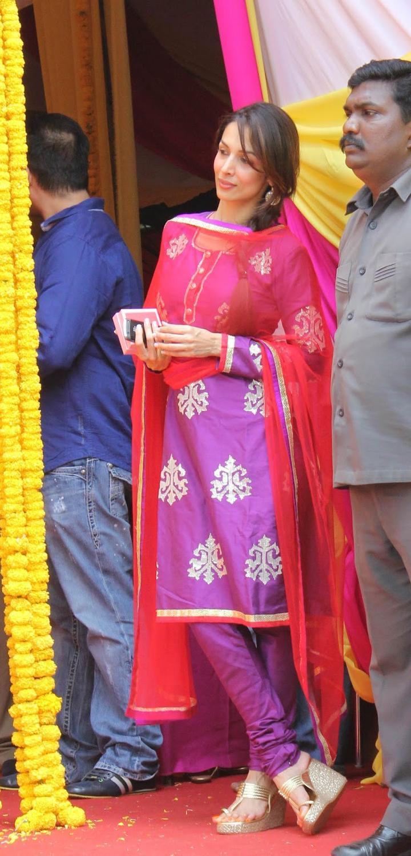 Malaika During The Celebration Of Salman Khan's Ganesh Visarjan