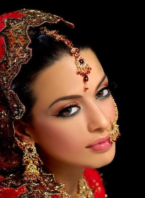 Jasmine Elegand Pic In This Bridal Dress