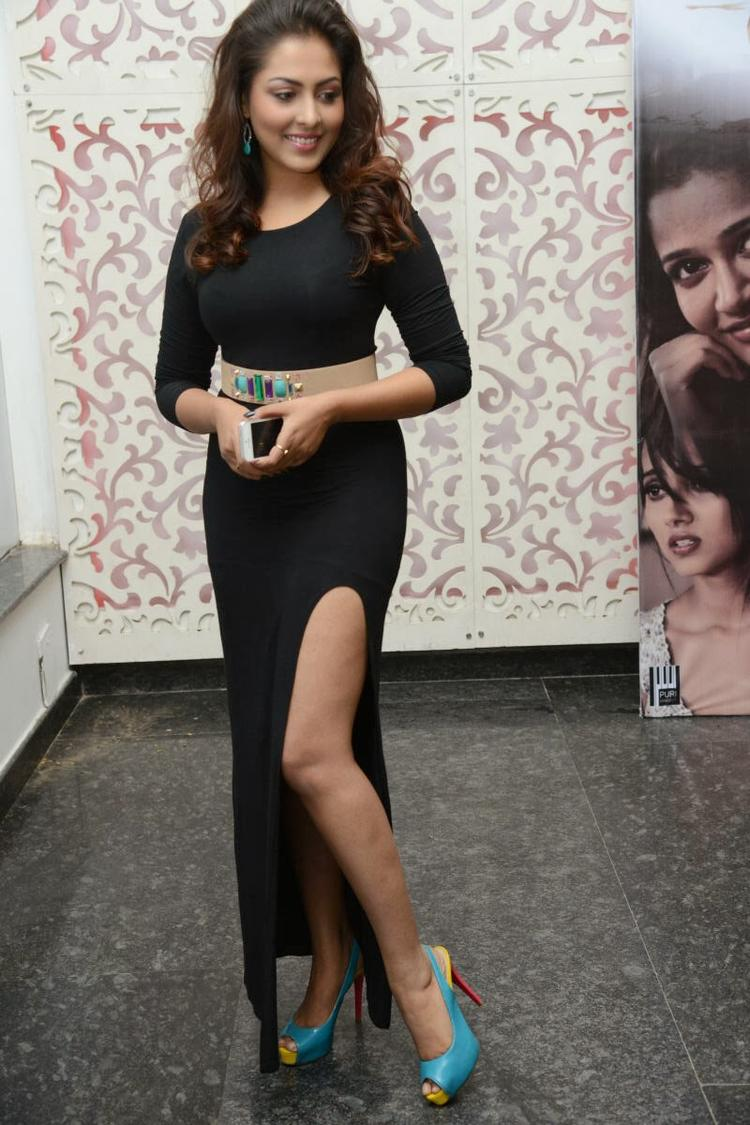 Madhu Exposing Her Milky Sexy Leg At Satya 2 Movie Audio Release Function