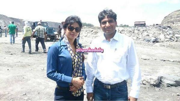 Priyanka Chopra Posed For Camera On The Sets Of Gunday