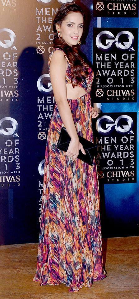 Shazahn Padamsee Stunning Pose At GQ Men Of The Year Awards 2013