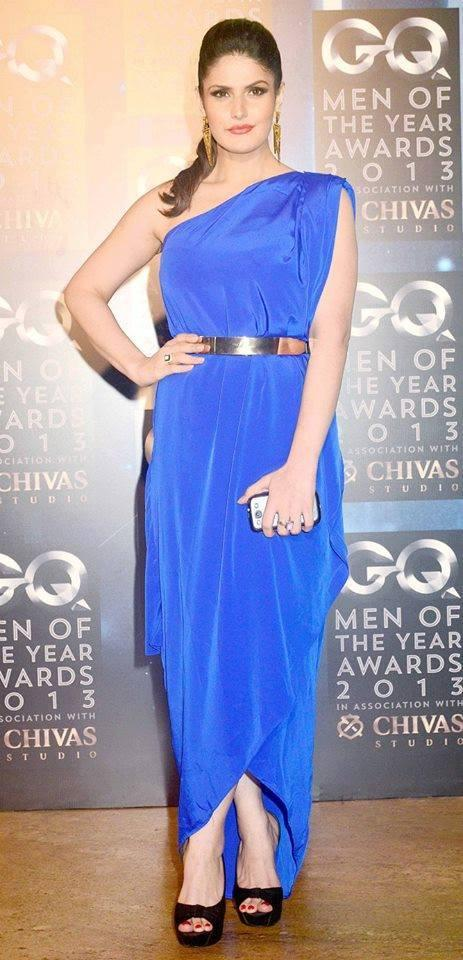 Zarine Khan Sexy Look In Blue Dress At GQ Men Of The Year Awards 2013