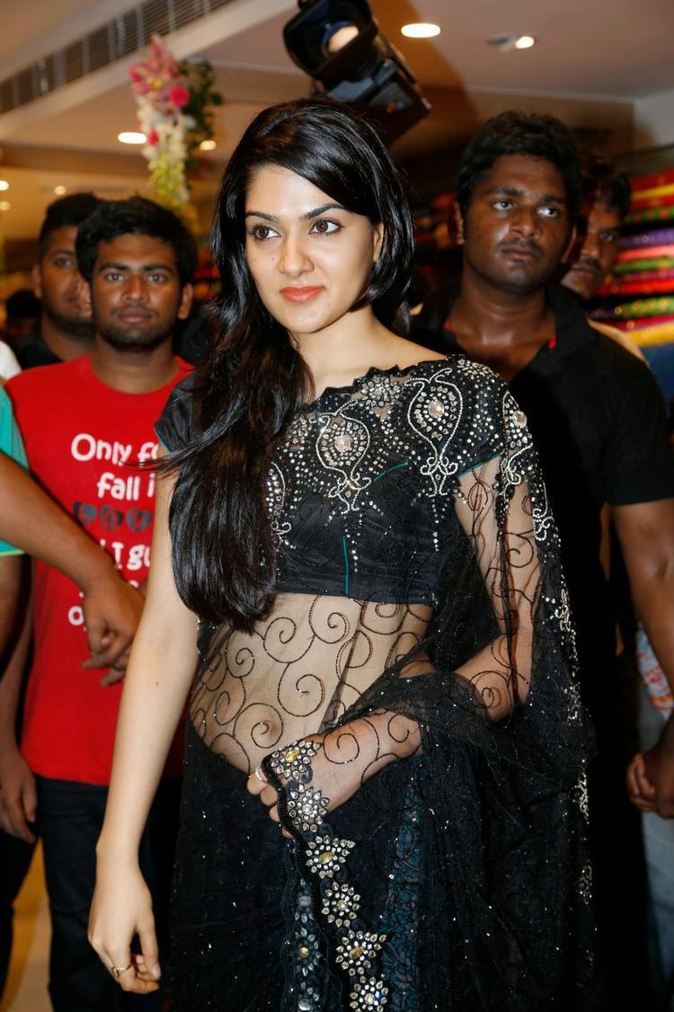 Sakshi Choudhary In Black Saree Sexy Look At Kalamandir Store Launch Event