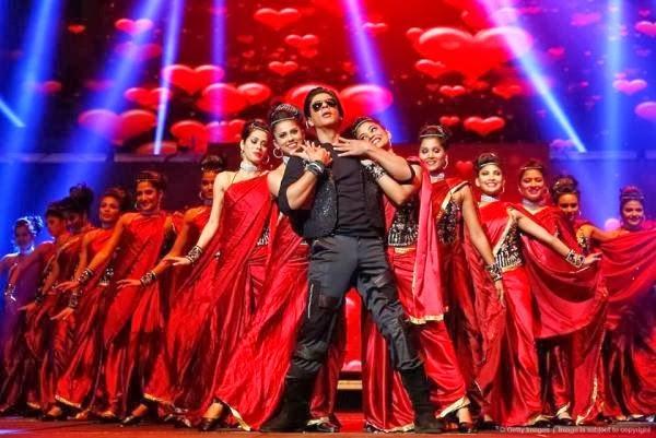 SRK Rocking On The Stage At Temptations Reloaded 2013 In Sydney