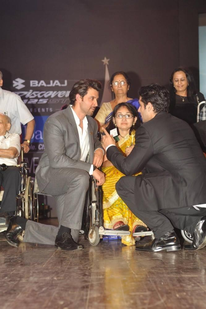 Hrithik And Zayed During The Dr Batra's Positive Health Awards 2013