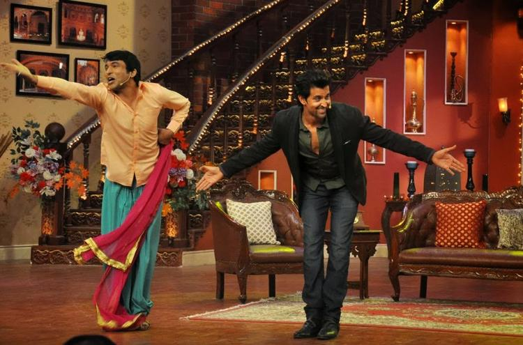 Hrithik Roshan Dance On The Sets Of Comedy Nights With Kapil