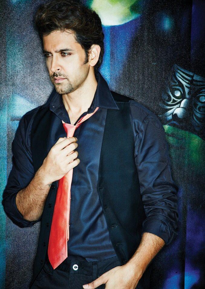 Hrithik Roshan Stylist Pose Pic For Filmfare November 2013