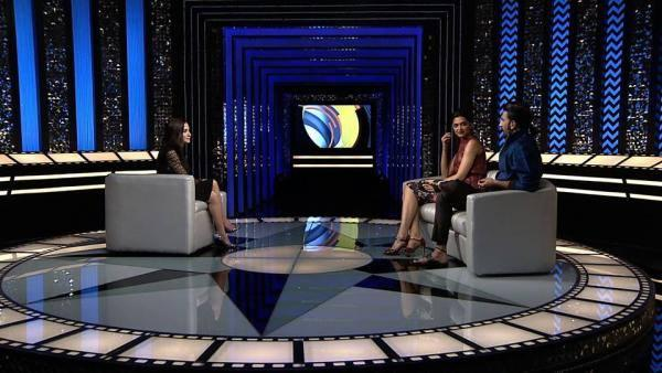 Deepika And Ranveer On The Front Row With Anupama Chopra