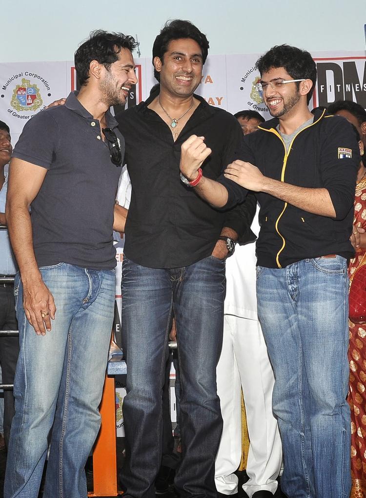 Aditya Thackeray And Abhishek Bachchan Help Dino Morea's Initiative