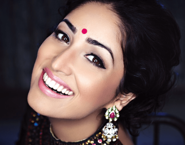 Yami Gautam Cool Dazzling Look Photo Shoot For Hello India November 2013 Issue