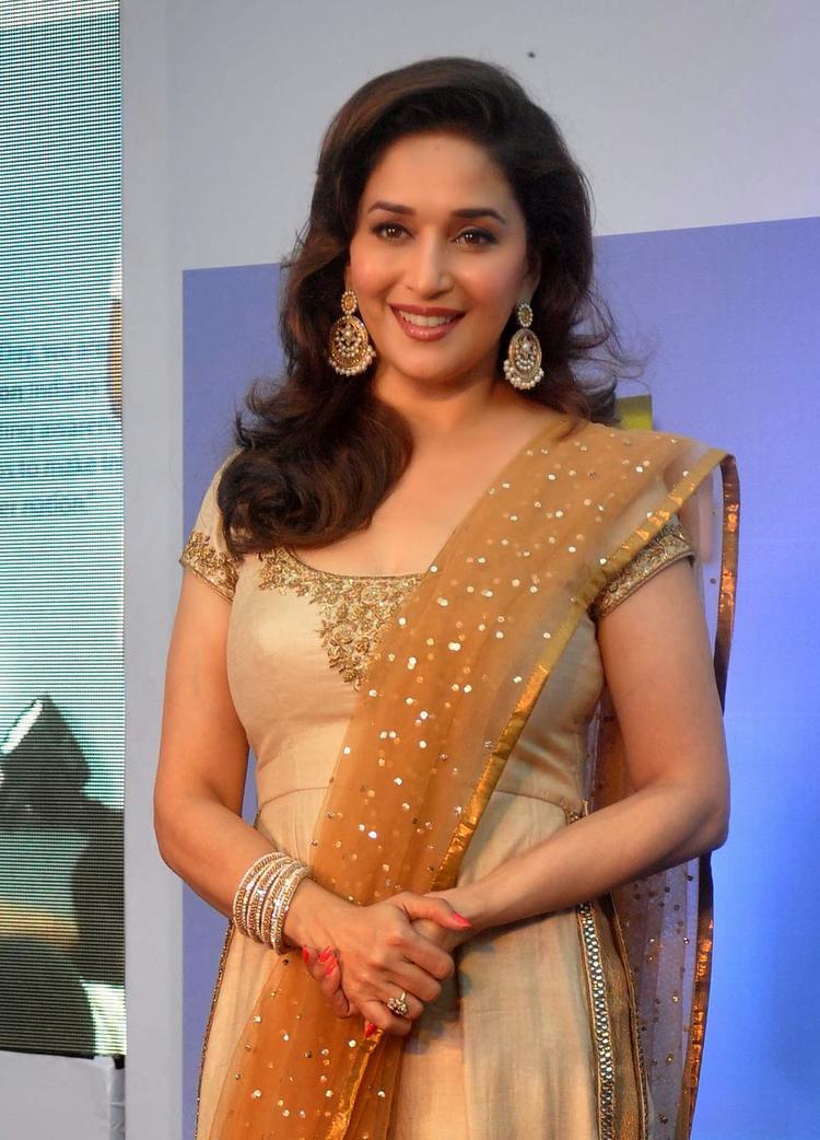 Gorgeous Madhuri Arrives Sanofi's Diabetes Awareness Event