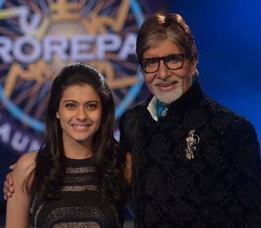 Kajol Pose With Amitabh Bachchan On The Sets Of KBC