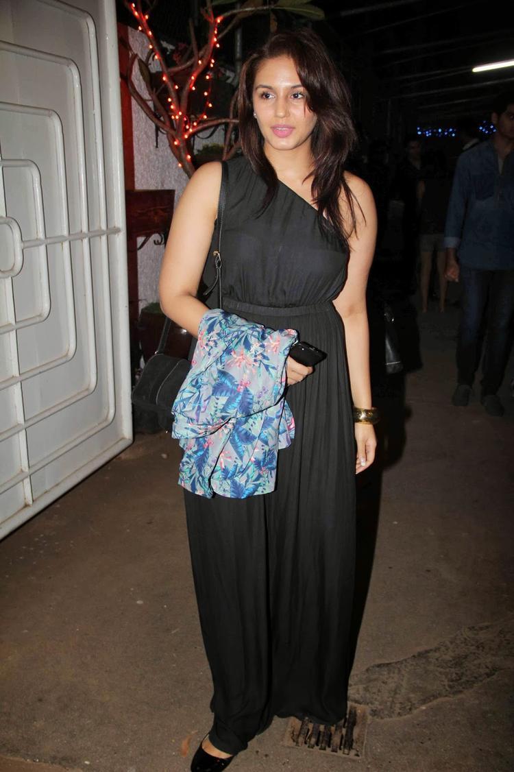 Huma Qureshi Sizzles At Goliyon Ki Raasleela Ram-Leela Special Screening