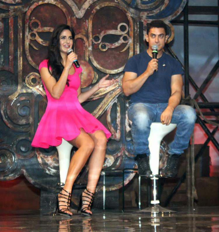 Katrina Kaif And Aamir During The Dhoom Machale Song Launch Event