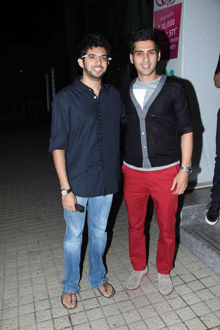 Aditya And Sameer Smiling Pic At Gori Tere Pyaar Mein Special Screening