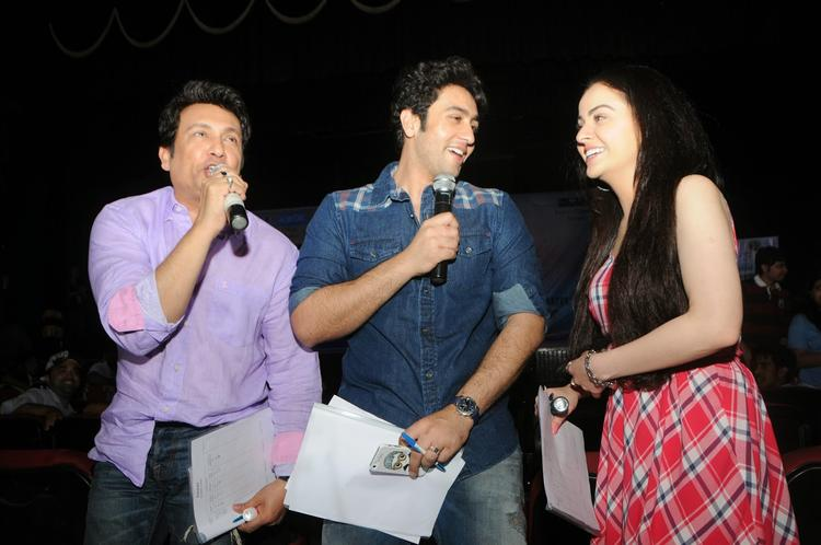 Cool Shekhar,Ariana And Adhyayan For The Heartless Movie Promotion At Mithibai College Festival