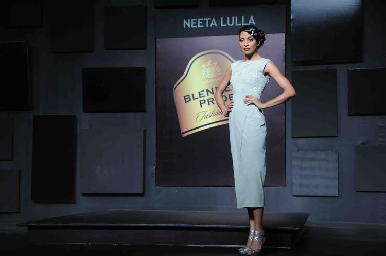 Hot Model Walks For Neeta Lulla At Blenders Pride Fashion Tour Day 2 Event