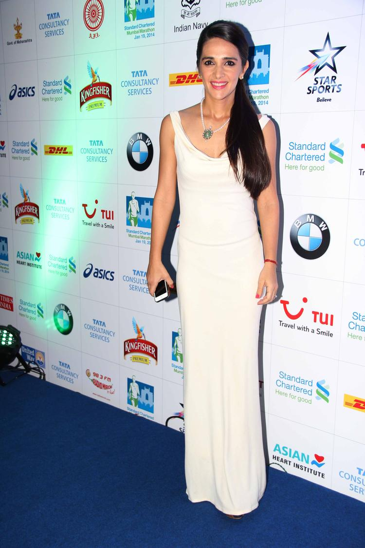 Tara Sharma In White Gown At The SCMM Press Conference