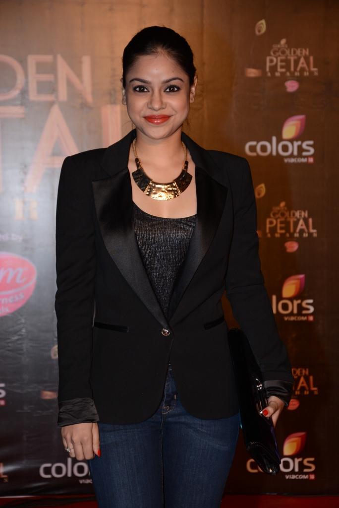 Sumona Chakravarti Gorgeous Look At Colors TV 3rd Golden Petal Awards 2013