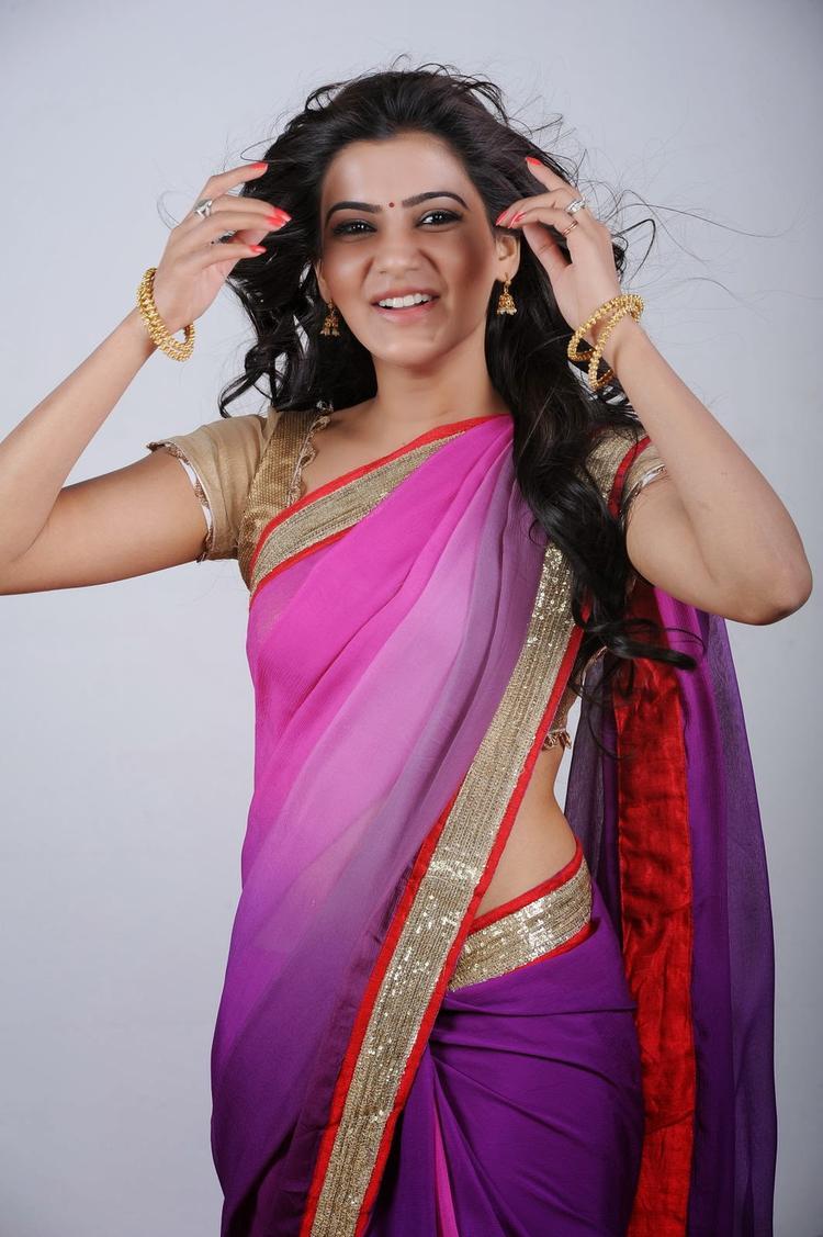 Pretty Samantha Ruth Prabhu In Saree Sweet Pic